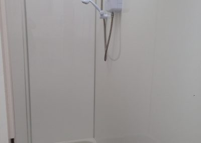 Clean facilities with 8Kw electric showers